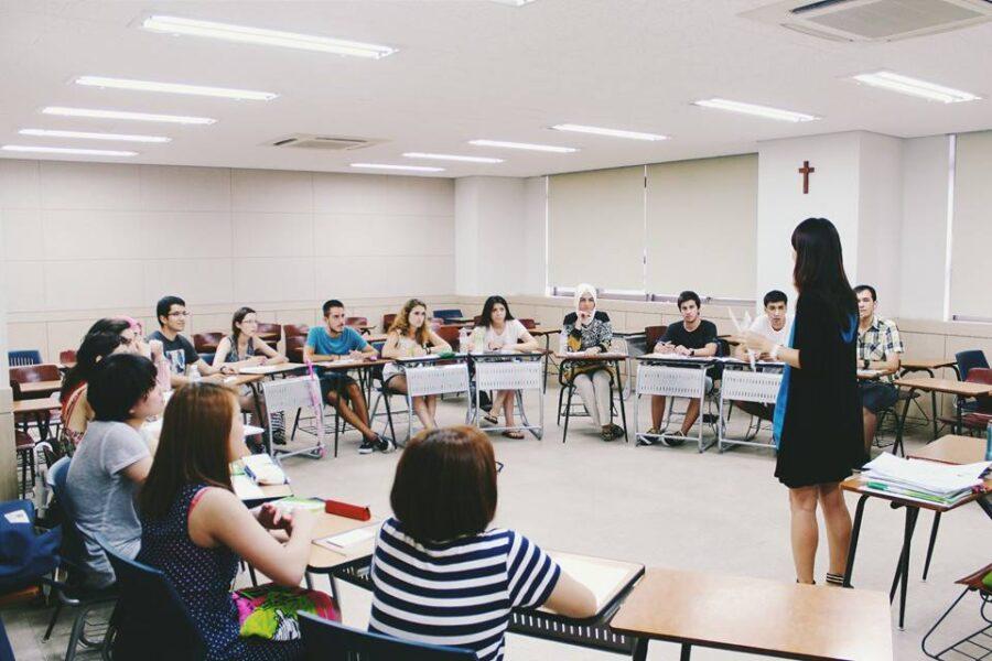 Giờ học của các bạn sinh viên Đại học Myongji